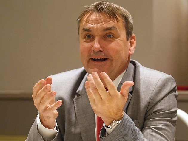 Petr Vokřál.