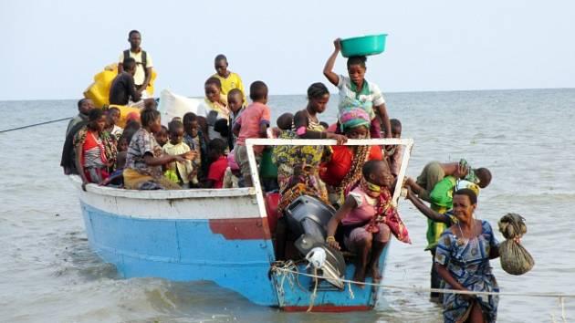 Člun s uprchlíky. Ilustrační snímek