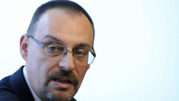 Na Slovensku byl podle policie zadržen bývalý generální prokurátor Dobroslav Trnka (na snímku z 20. října 2010) v souvislosti se zneužíváním pravomoci
