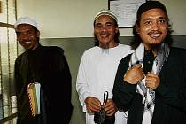 Indonéský soud v pátek určil datum popravy tří islámských teroristů, kteří před osmi lety v nočních klubech na ostrově Bali podnikli nejhorší pumové útoky v historii Indonésie