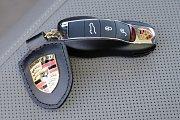 Klíč od vozu značky Porsche