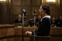 Hlavní role se ve filmu zhostila Ayelet Zurer