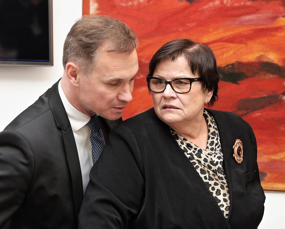 Kulatý stůl - Záruka nezávislosti státního zastupitelstva v Konírně Poslanecké sněmovny. Marie Benešová.