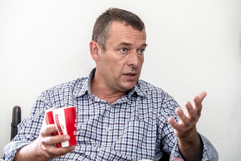 Ředitel neziskové organizace Člověk v tísni Šimon Pánek poskytl 13. července v Praze rozhovor Deníku