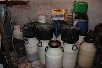 Policisté v rámci operace Royal našli odpadní materiál z výroby zhruba 200 kg pervitinu.