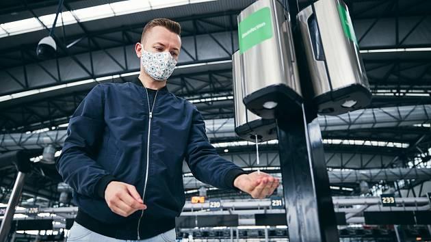 Celosvětová pandemie viru Covid-19 proměnila společnost