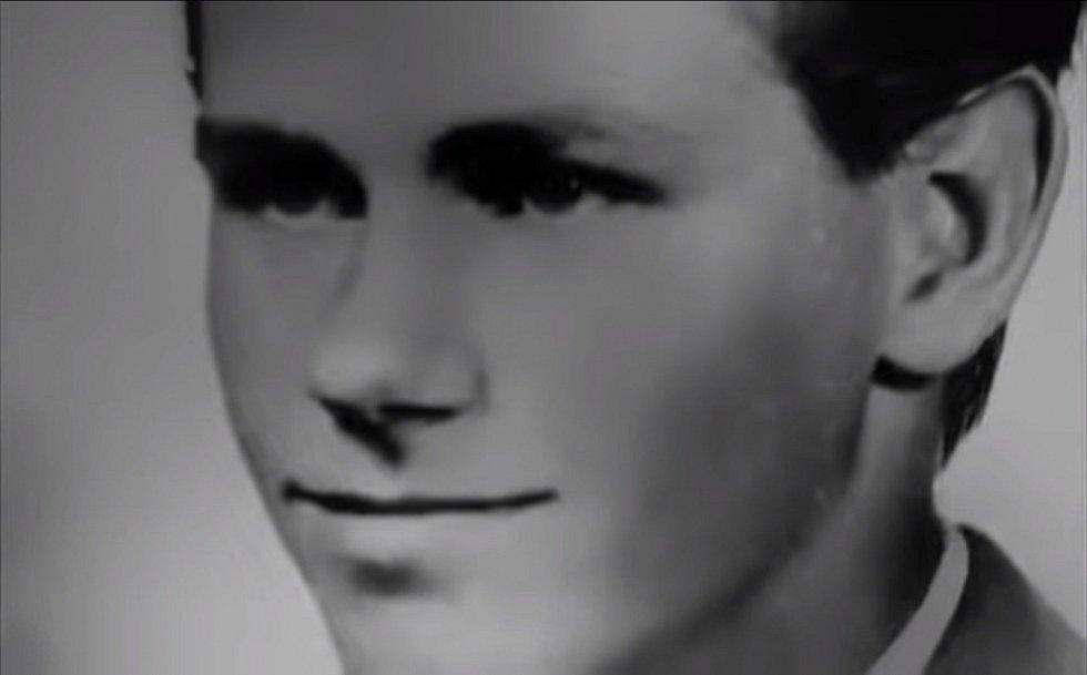William Lester Suff v době dospívání