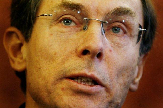 Jan Švejnar v pátek 14. 12. oficiálně oznámil kandidaturu na prezidenta.