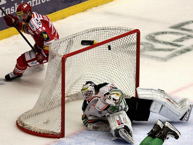 Čtvrtfinále hokejové extraligy: Třinec zdolal Mladou Boleslav