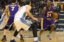 Kobe Bryant pomohl 31 body k výhře nad Denverem.