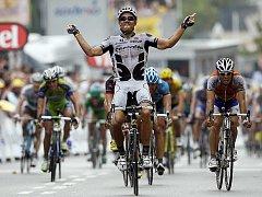Thor Hushovd slaví vítězství v 6. etapě Tour de France.