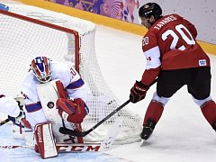 John Tavares v akci proti Norsku