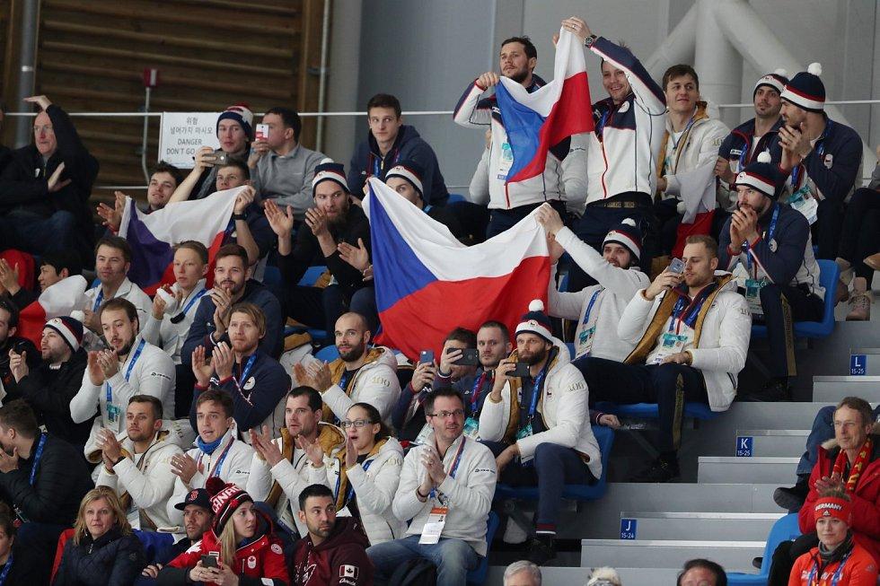 Fanoušci z řad českých olympioniků podporují Martinu Sáblíkovou.