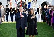 Donald Trump s Melanií při ceremoniálu k výročí 11. září