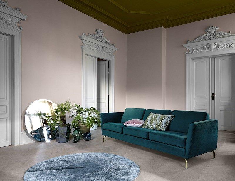 Máte dost stroze zařízených interiérů, které působí chladně? Zapojte prvky nového baroka
