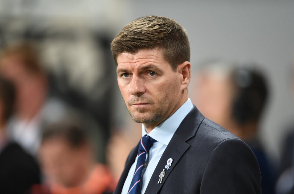 Trenér fotbalistů skotského Glasgow Rangers Steven Gerrard