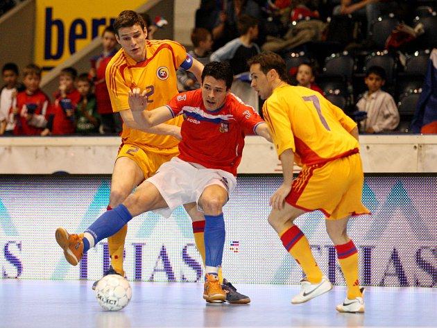 V prvním utkání remizovali Češi s Rumunskem na domácím hřišti 1:1.