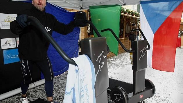 Běžec Michal Weiss se připravuje na extrémní běžecký závod Libyan challenge.