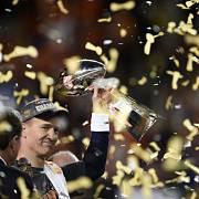 Peyton Manning se v 39 letech stal nejstarším quarterbackem, který dovedl svůj tým k zisku titulu.