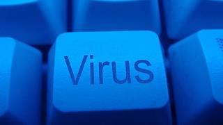 Firma z virtuálního obchodu Google´s Play store aplikace s pohoršujícím virem stahuje.