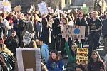 Demonstrace studentů za životní prostředí.