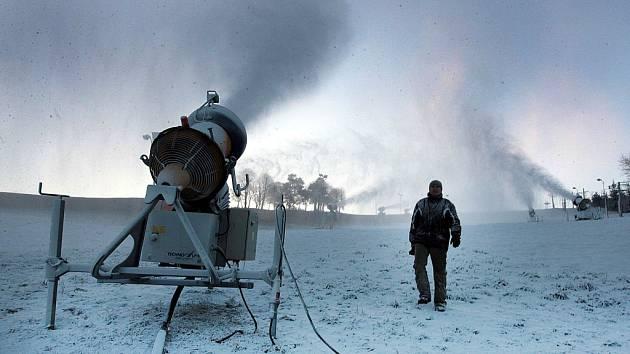 Zasněžování. Lyžařské středisko Stupava.