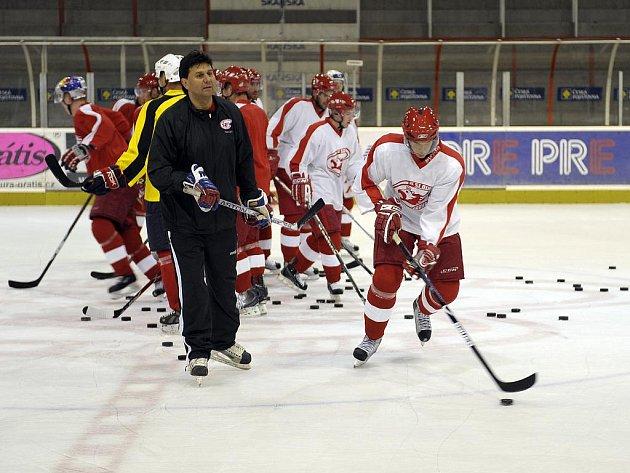 Hokejisté Slavie se začali připravovat na novou sezonu.