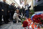Na Národní třídě uctila památku 17. listopadu i primátorka Prahy Adriana Krnáčová.