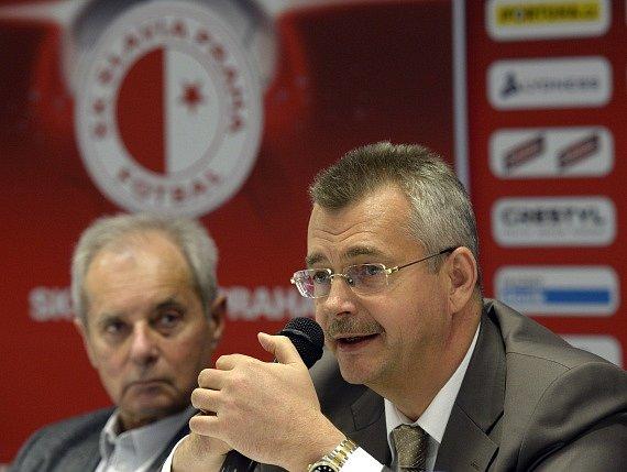 Nejvyšší muži Slavie bok po boku: Jaroslav Tvrdík (vpravo) a Jiří Šimáně