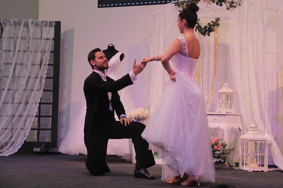 Některé páry odkládají svatbu do doby, než přestanou platit všechny zákazy. Ilustrační foto.