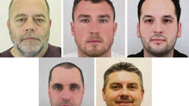 Pět Čechů, kteří byli uneseni v Libanonu.