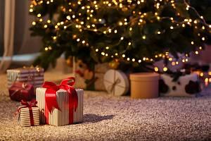 Vánoční dárky. Ilustrační snímek