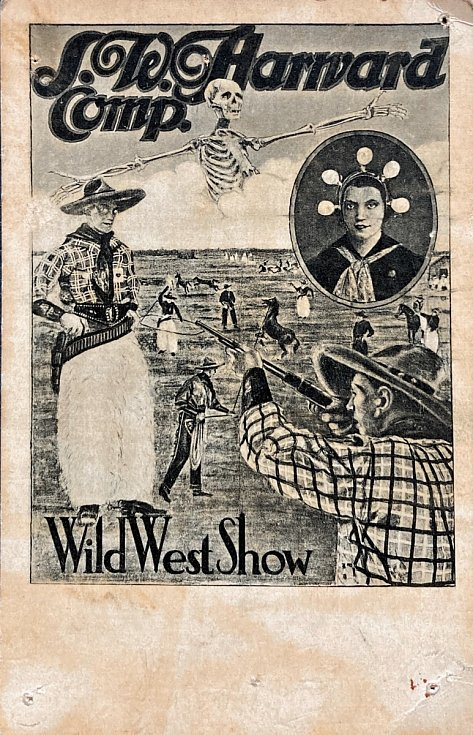 Reklamní pohlednice dua Two Harwards