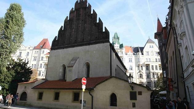 Staronová synagoga v Praze.
