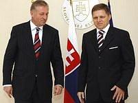 Slovenský premiér Robert  Fico při setkání s Mirkem Topolánkem.