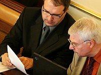 Pohanka a Melčák v parlamentu