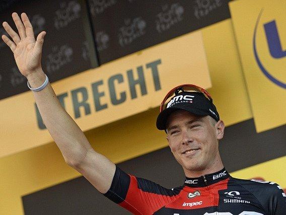 Rohan Dennis se raduje z triumfu v prologu Tour de France