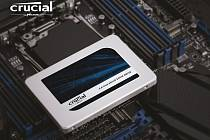 SSD disk Crucial MX300 750 GB.