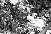 Následky pádu letadla společnosti Japan Airlines v roce 1985.