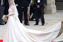Kate Middletonová dorazila do Westminsterského opatství.