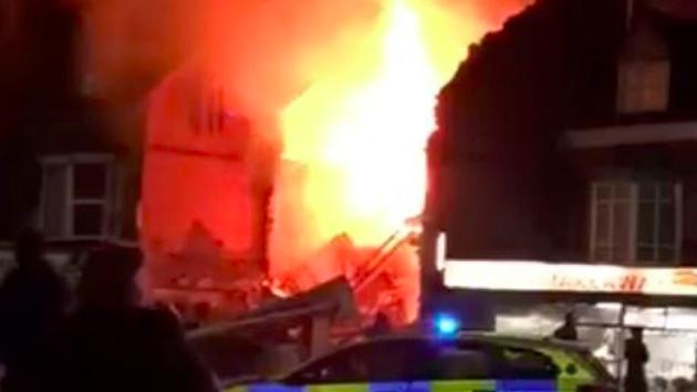 Výbuch v rezidenční čtvrti v Leicesteru.