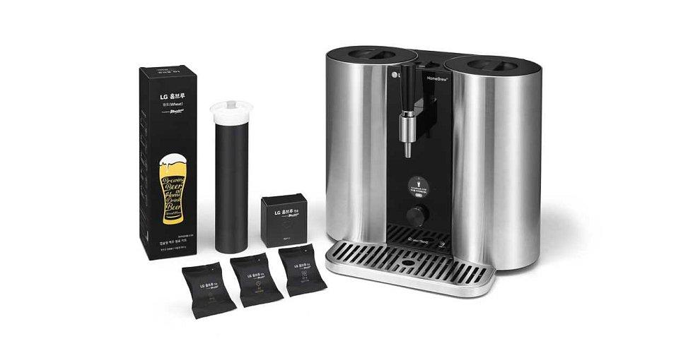 Díky LG Homebrew si pivo v objemu asi 5 litrů můžete připravit doma pomocí kapslí, podobně jako se dnes připravuje například káva.