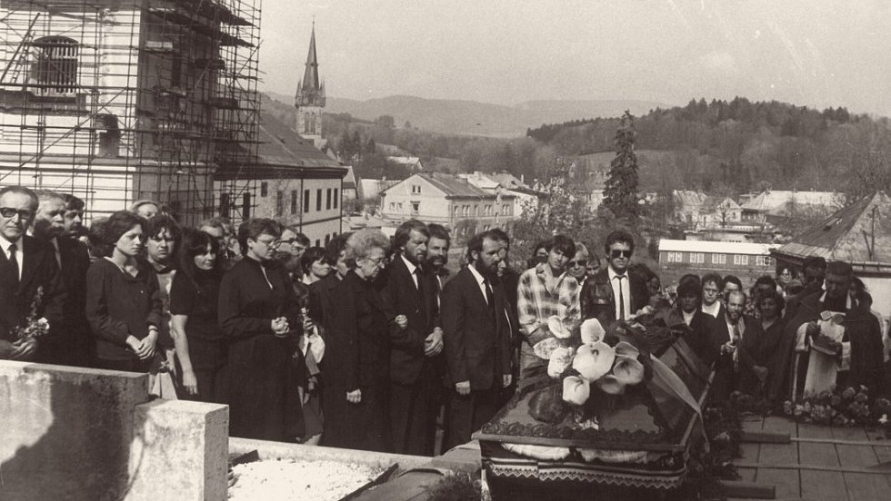 Pohřeb Pavla Wonky ve Vrchlabí