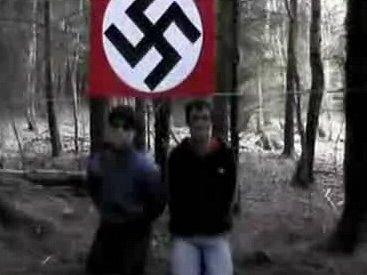 Poprava vedená ruskými neonacisty.