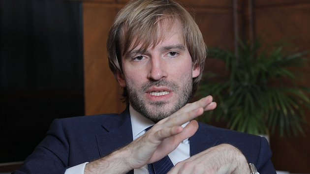 Ministr zdravotnictví v demisi Adam Vojtěch poskytl v Praze rozhovor Deníku.