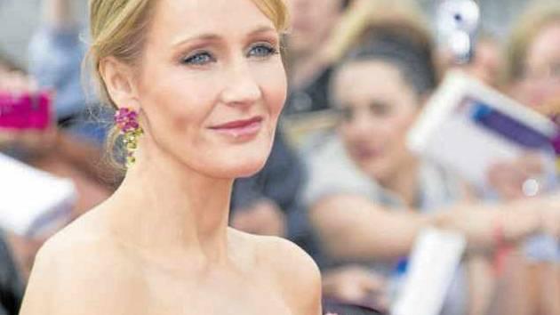 Miliardářka. J. K. Rowlingová patří k nejbohatším spisovatelům planety. Její série o čarodějově učni Harrym Potterovi se prodalo více než 450 milionů výtisků a jednu generaci vrátila k četbě.