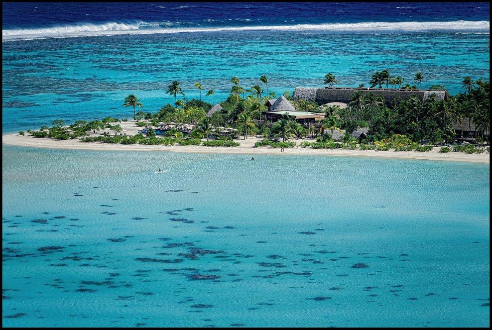 Pláže na ostrově jsou zcela bez komárů, které se místním vědcům podařilo sterilizovat.