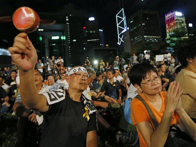 Demonstrace proti rozhodnutí vlády v Pekingu nepovolit v Hongkongu coby někdejší britské kolonii změnu volebního systému.
