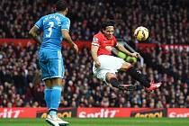Radamel Falcao a jeho snaha v utkání proti Sunderlandu