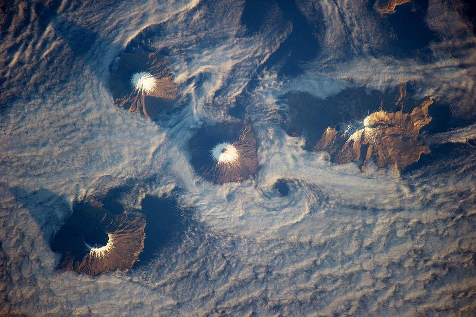 Ostrovy čtyř hor, Aleutské ostrovy